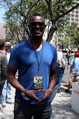 LOS ANGELES - APR 12:  Brian McKnight at the Long Beach Grand Prix Pro/Celeb Race Day at the Long Be