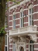 Amsterdam Canal House With Balcony