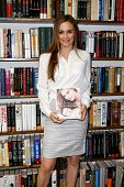 HUNTINGTON, NY-APR 15: Actress Alicia Silverstone signs copies of her book 'The Kind Mama' on April