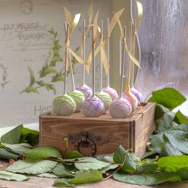 pic of cake pop  - Delicious sweet cake - JPG