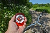 pic of compasses  - The compass and the bike - JPG