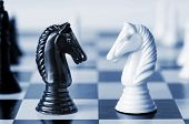 picture of chess pieces  - Head to head  - JPG