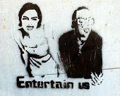 Estêncil de grafitti par homens mulher