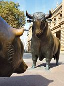 Bull & Bear standbeeld op de Frankfurt Stock Exchange
