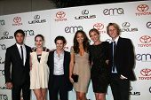 LOS ANGELES - OCT 15:Joshua Bowman, Christa B. Allen, Connor Paolo, Ashley Madekwe, Emily VanCamp, G