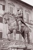 Cosimo I De Medici Equestrian Statue By Giambologna, Florence