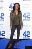 LOS ANGELES - APR 9: Leila Ali at the Los Angeles Premiere of '42' at TCL Chinese Theater on April 9