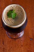 Cerveja preta irlandesa