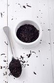 picture of black tea  - loose black tea in a bowl and on a spoon - JPG