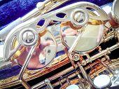 picture of saxophones  - Key Golden Saxophone - JPG