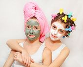 pic of face mask  - Beauty day of twin sisters - JPG