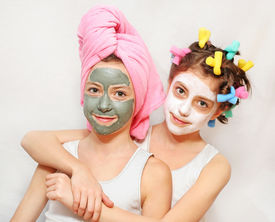 foto of face mask  - Beauty day of twin sisters - JPG