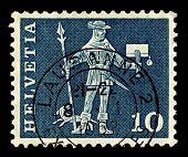 Suiza-CIRCA 1963:A sello impreso en Suiza muestra imagen de bote des Landes Schwyz, alrededor de 1
