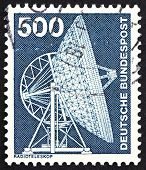 Postage stamp Germany 1976 Effelsberg Radio Telescope