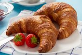 Breakfast with two croissants