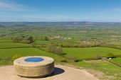 Vista do Glastonbury Tor Somerset Inglaterra Reino Unido