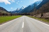 pic of engadine  - Road and mountain in Switzerland - JPG