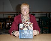 HUNTINGTON, NY-DEC 7: Chef Lidia Bastianich signs her new book