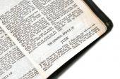 Bibel offen für jude