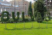 Topiary Word Bulvar In Park