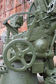 Crosstalk Mechanism In Russian 85-mm Anti-aircraft Gun