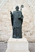 statue of st nicholas in bari