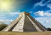 picture of mayan  - Anicent mayan pyramid in Chichen - JPG