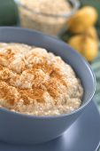 Maca-Oatmeal Porridge with Cinnamon
