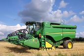John Deere Harvester S670I With Header 625R