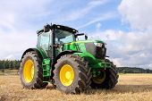 John Deere Tractor de 6210R