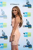 Los Angeles - AUG 19:  Giuliana Rancic arrives at the 2012 Do Something Awards at Barker Hanger on A