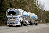 Volvo FH Tank Truck Transports Valio Milk
