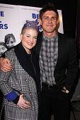 LOS ANGELES - NOV 16:  Kelly Osbourne, Chris Lowell at the