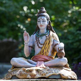 pic of shiva  - Shiva statue in Rishikesh India - JPG
