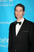 LOS ANGELES - DEC 8:  Matthew Morrison arrives at the 2011 UNICEF Ball at Beverly Wilshire Hotel on December 8, 2011 in Beverly Hills, CA