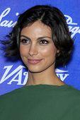 LOS ANGELES - 21 SEP: Morena Baccarin llega a la variedad y las mujeres en la película Pre-Emmy evento en Sc