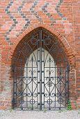 Geschmiedete Tore von Königsberg Kathedrale In Kaliningrad, Russland