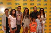 Sugar Ray Leonard and family at the