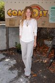 Rachelle Lefevre  at the EMA Celebrates the Garden Challenge by