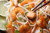 Rice Noodles With Seafood And Chicken, Vegetables Macro