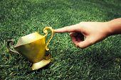 Fingertip Turns A Vintage Vase Into Gold
