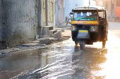 motor rickshaw in jaipur after monsoon or flood