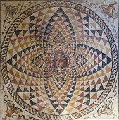 Mosaico no Museu em Corinto antigo