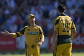 LONDON - 12 SEPT 2009; London England: Australia team captain Ricky Ponting gives his bowler Mitchel