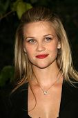 Reese Witherspoon at the Children's Defense Fund's 16th Annual Los Angeles Beat the Odds Awards. Beverly Hills Hotel, Beverly Hills, CA. 10-12-06