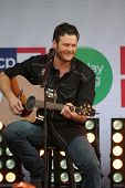 Blake Shelton at the JCPenney Holiday Giving Tour with Blake Sheton, Westfield  Culver City, Culver