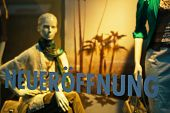 shop window, reopening, mannequins