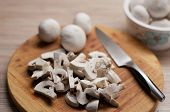 Preparing mushrooms