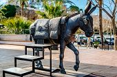 picture of burro  - Donkey Statue - JPG