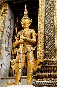 temple guard statue